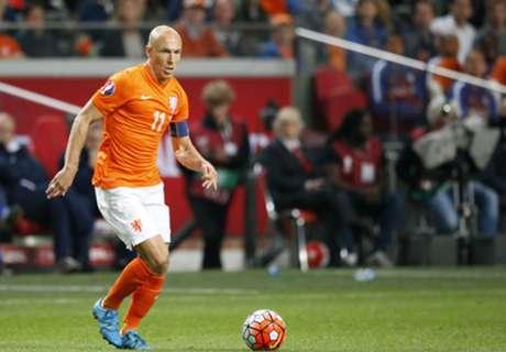 Robben, decepcionado por no jugar la Euro