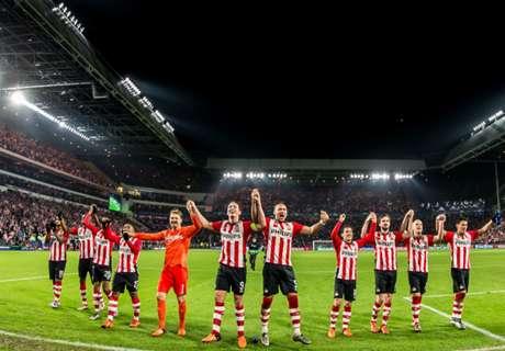 VIDEO: Ajax remain top