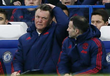 Shearer: No progress under Van Gaal