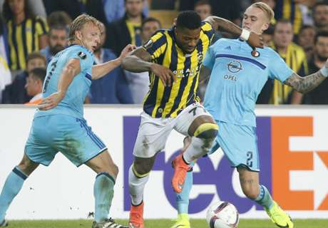 Emenike sends Fener top of Group A
