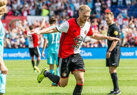Eredivisie: Feyenoord Tetap Di Puncak