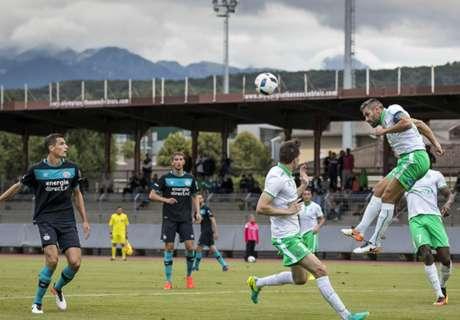 De Jong helpt PSV aan oefenzege