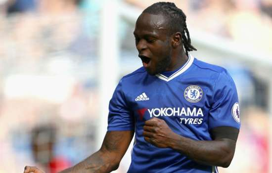 Conte urges Moses not to be distracted by Barca rumours