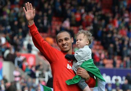 Odemwingie agrees new Stoke deal