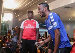 The first celebrity guests on the podium were rappers 9ice (representing Chelsea) and Illbliss (representing Arsenal).
