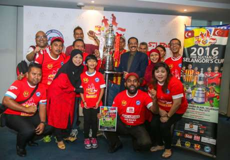 Sultan of Selangor's Cup 2016 tickets presented to fans