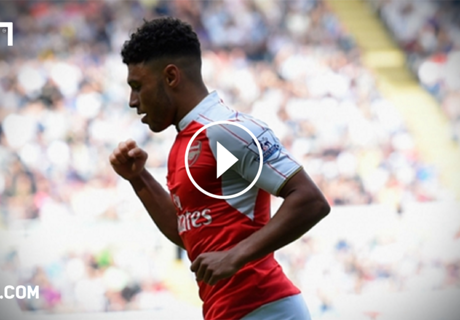 VIDEO: Ox backs Rooney for record