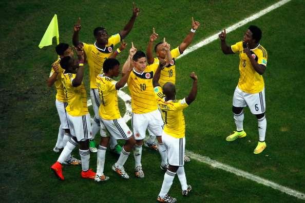 James schiet Colombia langs tandeloos Uruguay