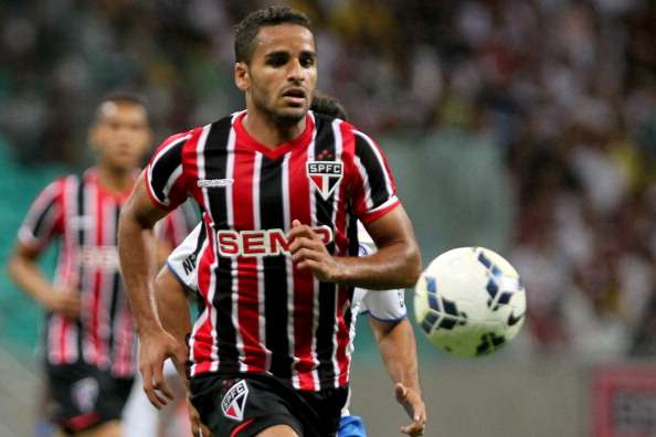 Barcelona confirm Douglas deal