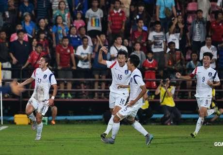 ไม่เห็น?ชมจังหวะแฮนด์บอลโสมขาวก่อนดับไทย2-1 AFC U-19 (มีคลิป)