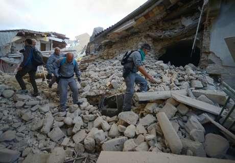 El fútbol, con las víctimas del terremoto