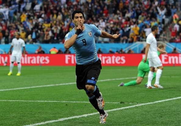 Luis Suarez traf zweimal gegen England