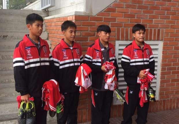 4 นักเตะจากโรงเรียน อัสสัมชัญ ธนบุรี