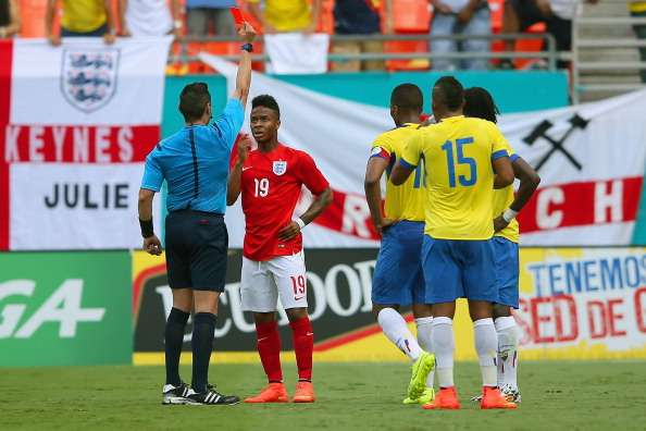 Gerrard lauds Sterling reaction after Ecuador dismissal