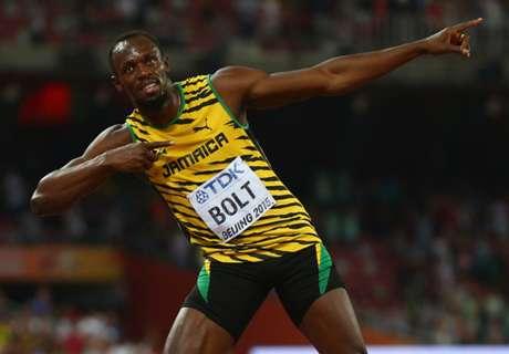 Bolt si allena con il Saint-Jean Beaulieu