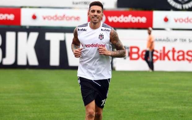 Official: Jose Sosa joins Besiktas