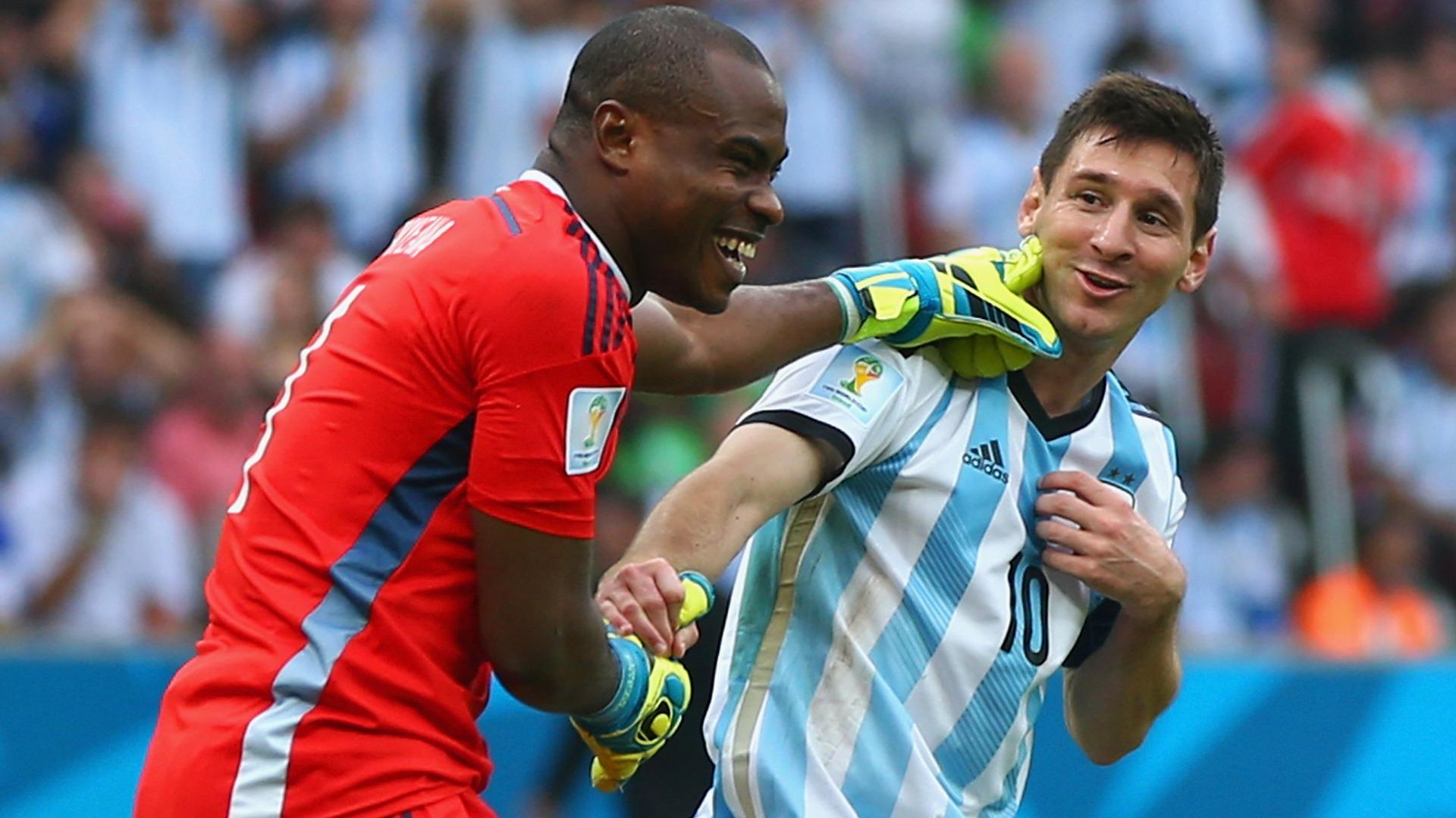 Vincent Enyeama Lionel Messi Nigeria Argentina Goal