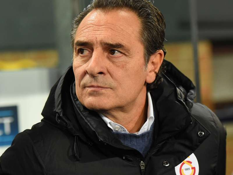 Galatasaray board to hold Prandelli talks