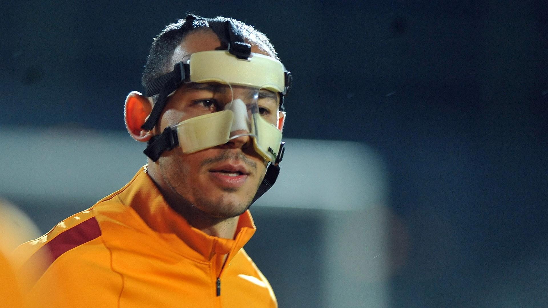 Galatasaray'da Umut Bulut, Karşıyaka maçında sakatlandı
