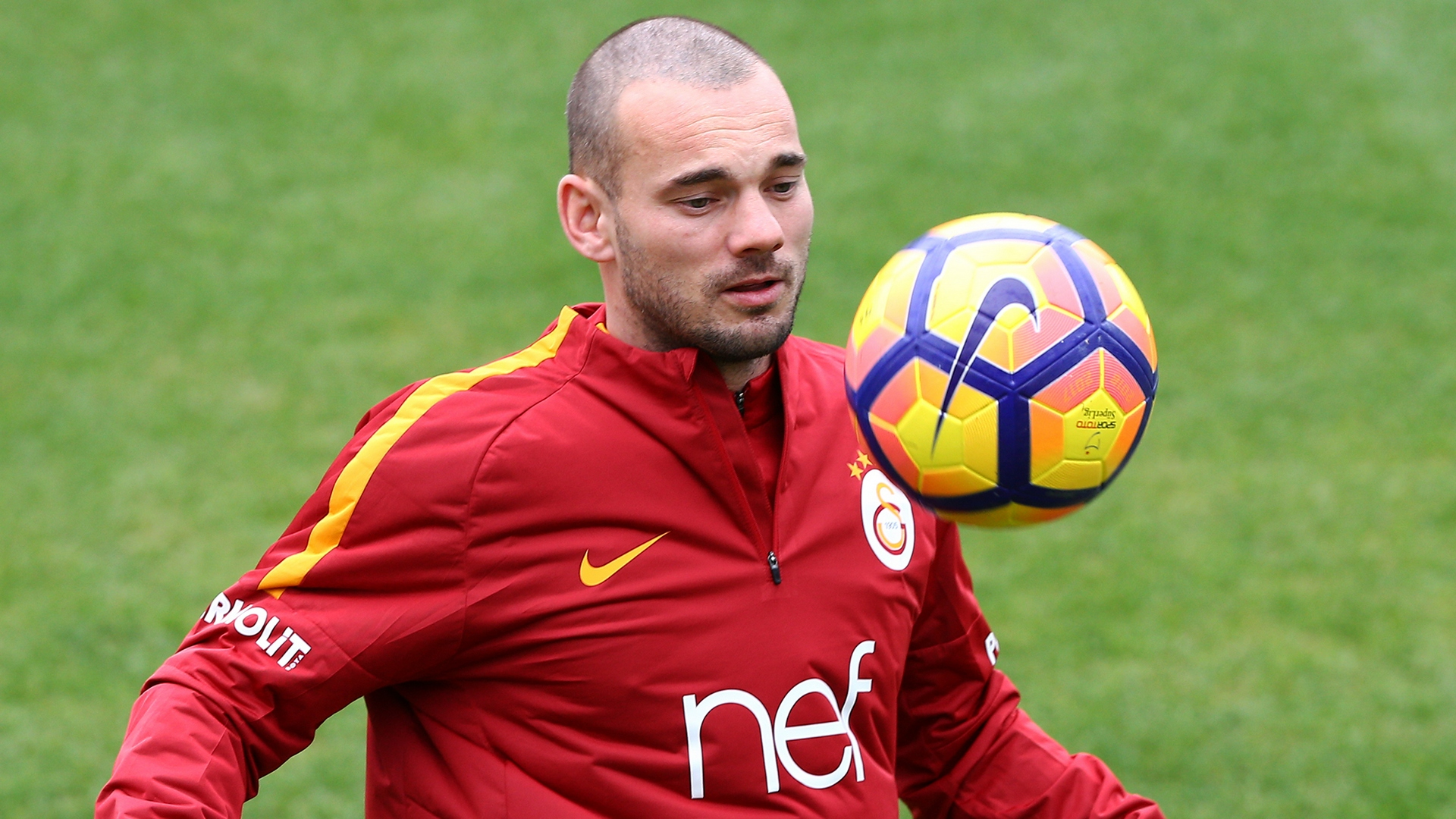 http://images.performgroup.com/di/library/Goal_Turkey/7d/84/wesley-sneijder-galatasaray_1sn17yppocttk1xulztz2vq0nh.jpg?t=-1883017398