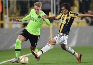Viktor Fisher Lazar Markovic Fenerbahce Ajax UEL 10202015