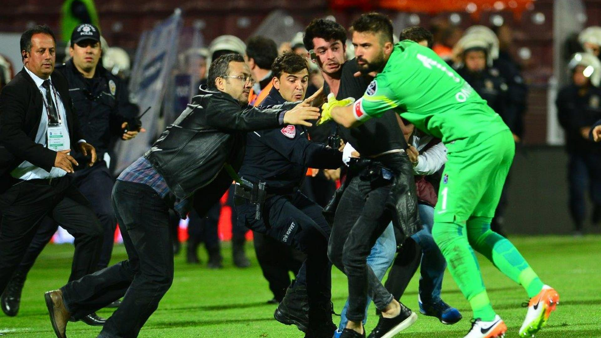 Fans Invade Pitch, Beat up Referee in Turkey [SEE PHOTOS]
