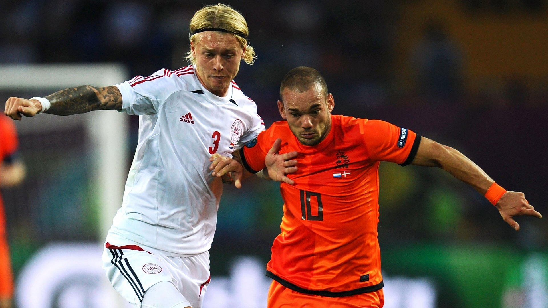 Simon Kjaer Wesley Sneijder Denmark Netherlands