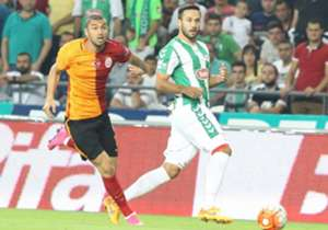 <p><strong>Galatasaray:</strong> Muslera, Linnes, Donk, Koray, Olcan, Bilal, Selçuk, Sinan Gümüş, Yasin, Sneijder, Umut</p> <p><strong>--Eksikler:</strong> Hakan (Cezalı), Semih, Hamit</p> <p><strong>Torku Konyaspor:</str...