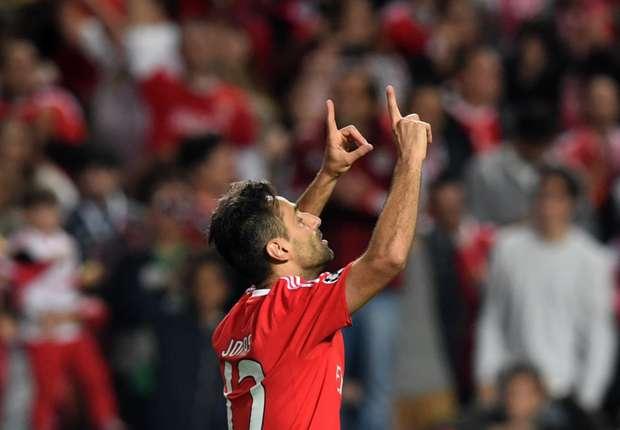 Benfica striker Jonas in line for Brazil call-up