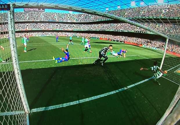 barcelona betis goal line