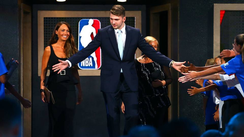 NBA Draft winners and losers: Mavs, Rockets nail picks; Cavs left with big questions