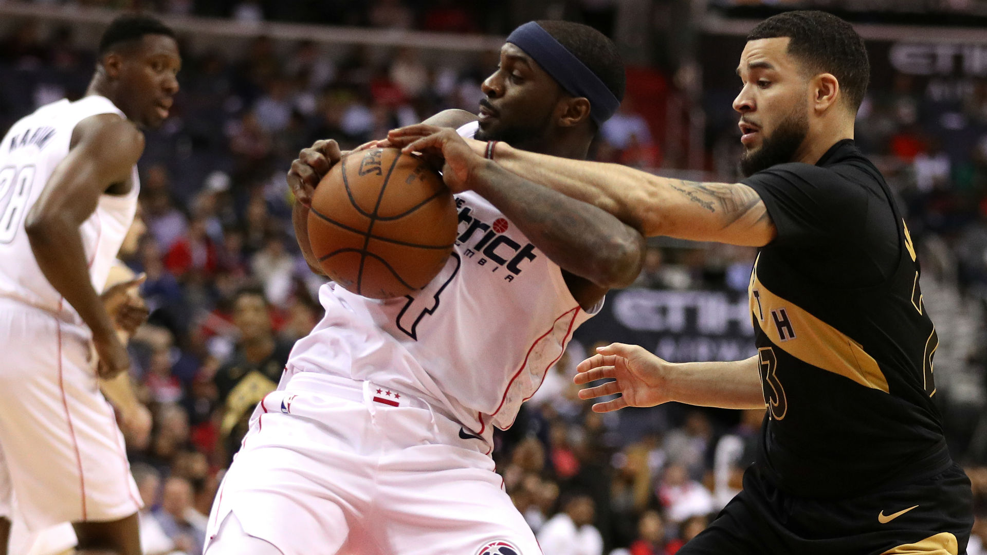 Fred VanVleet back for Game 6 after right shoulder injury