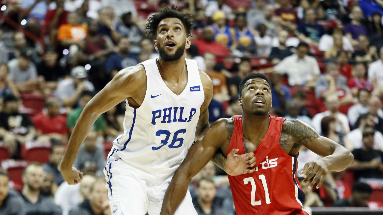 Sixers trade Richaun Holmes to Phoenix Suns to sign Jonah Bolden