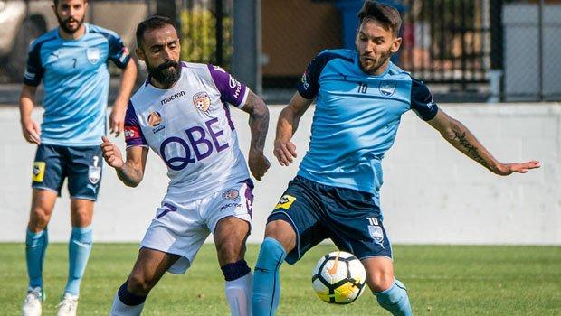Castro v Sydney Fc - cropped