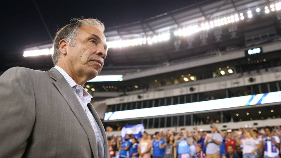 bruce-arena-101317-getty-ftr.jpeg