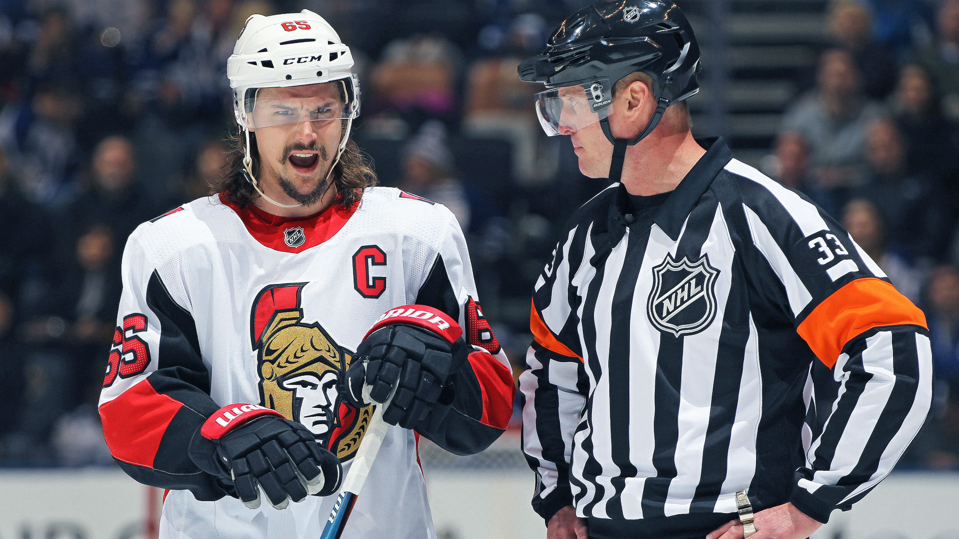 Erik Karlsson stays with Senators at trade deadline