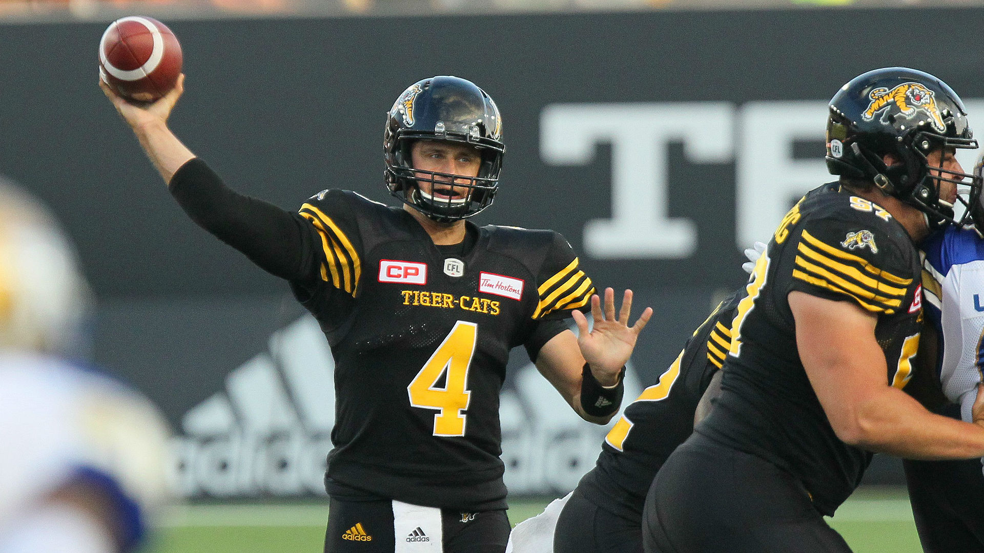 Riders sign Zach Collaros to contract extension