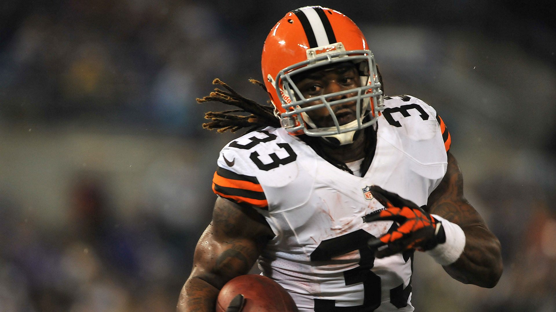 RB Trent Richardson signs with CFL's Saskatchewan Roughriders