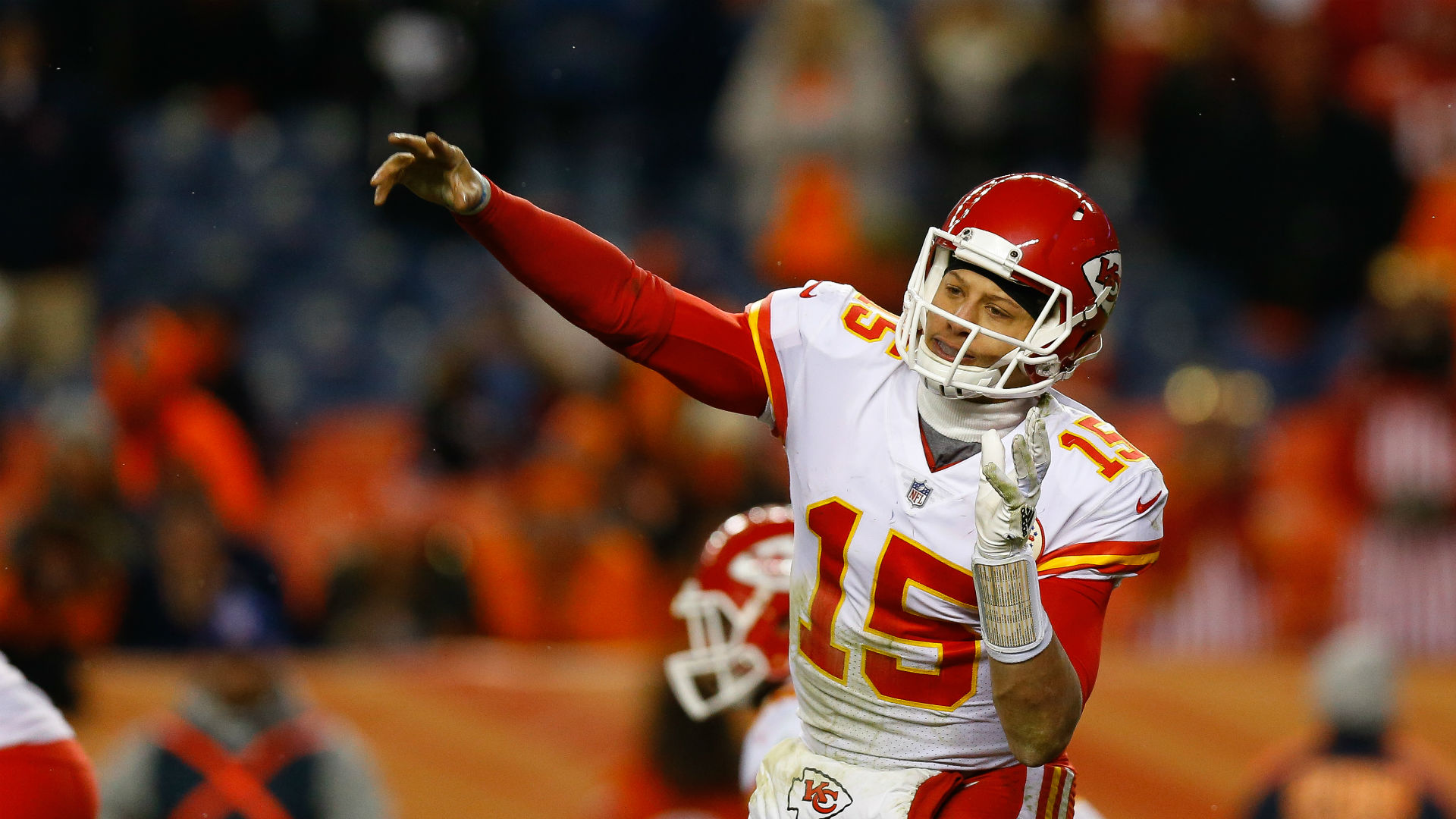 Broncos aim to slow red-hot Mahomes, Chiefs
