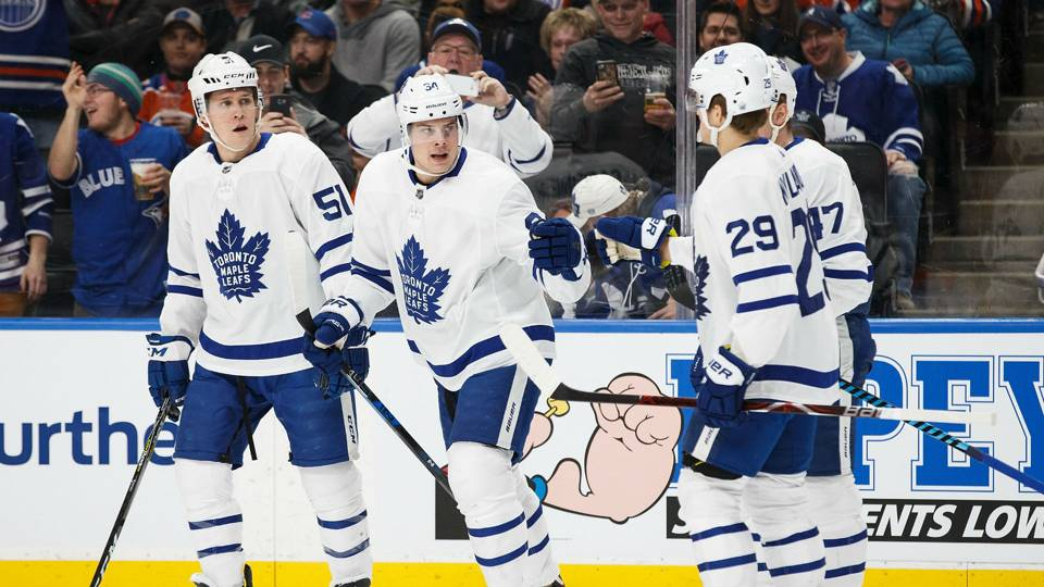 Auston-Matthews-FTR-Leafs-120317-Getty