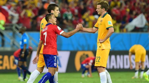 Wilko shakes hands with Sanchez