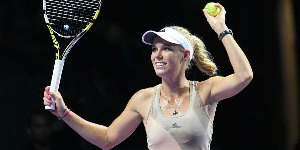 Wozniacki Defeats Kvitova, Sends Radwanska Into SFs