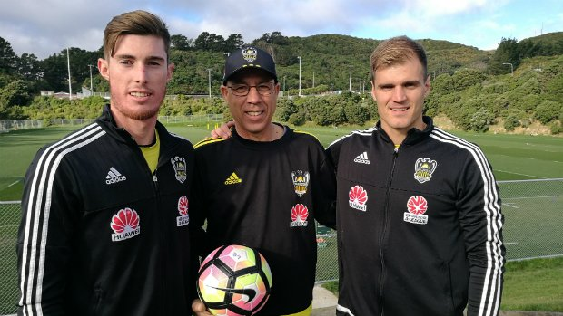 Goalkeeping coach Fernando vaz Alves with Oliver Sail (left) and Lewis Italiano (right).