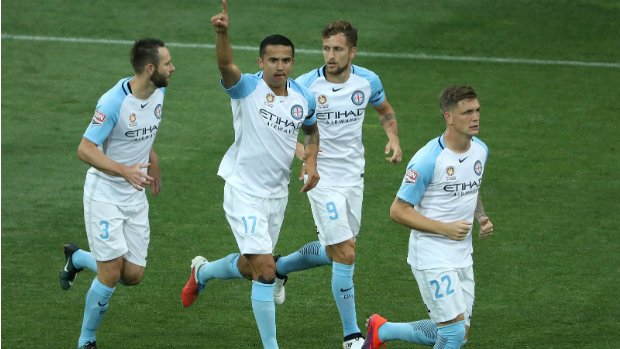 Tim Cahill will make his first visit to New Zealand as Phoenix take on Melbourne City in a crucial six-pointer.