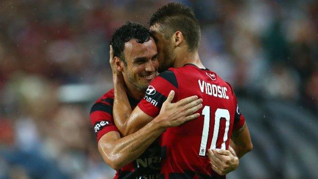 Dario Vidosic Mark Bridge Sydney FC