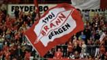 Brann - Aalesund 6-0: Brann-flagg supportere fans