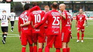 Sogndal - Brann 2-2: Jakob Orlov feires etter scoring