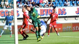 Sarpsborg 08 - Brann 1-0: Piotr Leciejewski