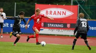 Sogn og Fjordane XI - Brann 0-8: Viljar Vevatne på raid