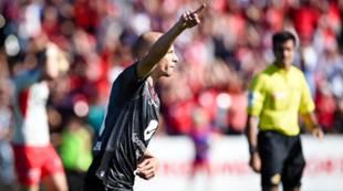Strømmen - Brann 1-1: Ruben Kristiansen jubler etter sin fantastiske scoring